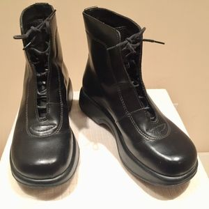 Dansko black leather boot Portugal